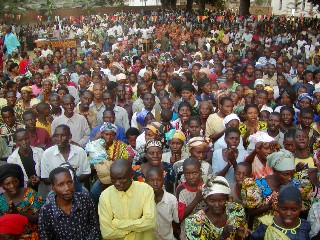 People respond to the Gospel in the Congo